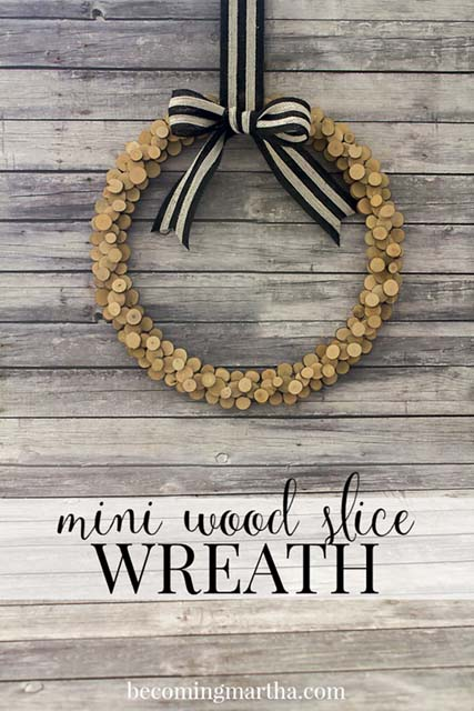 wood-rounds-wreathwidth=