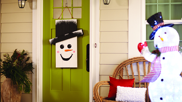 dih_16_seasonaldoorhanger_beauty_snowman_edited